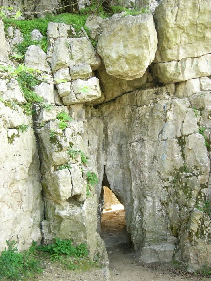 Szelim- barlang bejárata