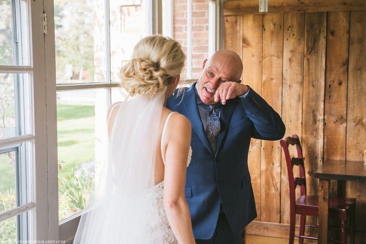 Manifesto-Photography-Windsor-Ontario-Wedding-Photographers-Sprucewood-Shores-Estate-Winery_0016