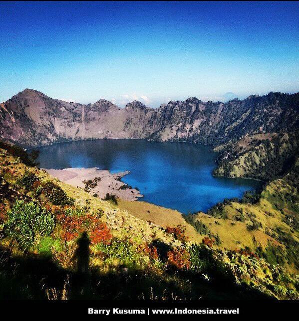 Taman Nasional Gunung Rinjani http://www.indonesia.travel/en/destination/256/mount-rinjani-national-park