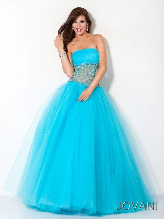 17 Best images about Prom Ball Gowns on Pinterest   Blush dresses ...