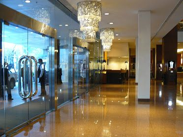 The foyer of the Four Seasons in Sydney, Giulians Fine Jewellery is located upstairs on level 3.