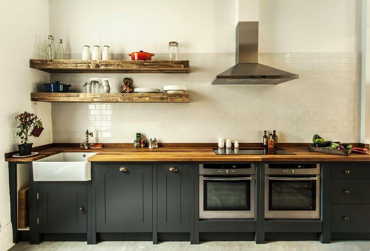 Inspire-se: Cozinha Rústica/Industrial Aposta na Madeira