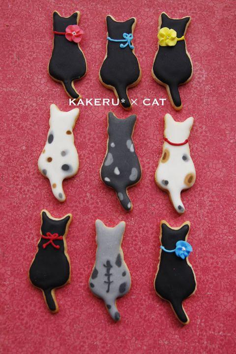日本人のおやつ♫(^ω^) Japanese Sweets ニャンコ型クッキー。kitties back cookies