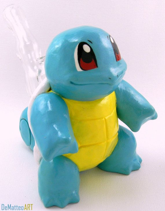 Large Squirtle sculpture bubbler. Made by DeMatteo Art (Now being sold through Fuckinintents' Etsy shop).