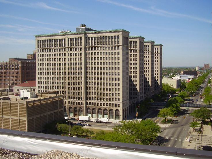 Detroit, MI: Former GM Building - New Center Area