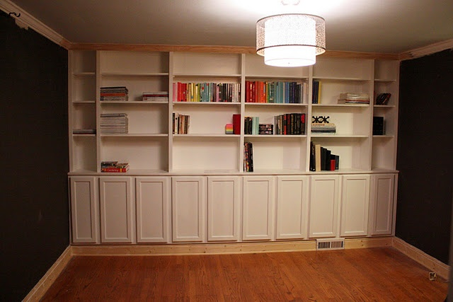 Built-In Bookcases DIY