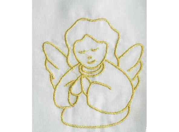 Vestido para Bautismo con bordado. Ropa para bebés confeccionada en 65% poliéster y 35% algodón. Prenda con Ángel bordado en hilo dorado. Vestido unisex, para niños y niñas / Baptismal gown in 65% polyester and 35% cotton. (1/2) http://www.articulosreligiososbrabander.es/vestido-de-bautizo-para-bebes-nino-y-nina.html #Bautizo #Bautismo #Sacramento #Baptismal #Sacrament