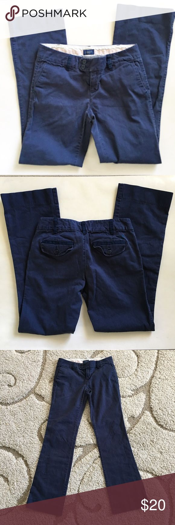 Navy Blue American Eagle Trousers Navy Blue American Eagle pants. Size 4 American Eagle Outfitters Pants Trousers