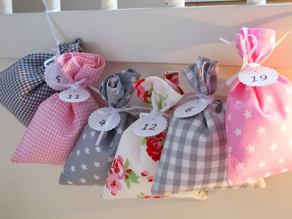 Countdown till Christmas advent calendar bags Pink by Luciadesign
