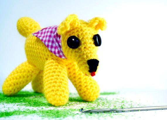 Amigurumi perrito de ganchillo realizado en lana por VILLAGUANGUITO