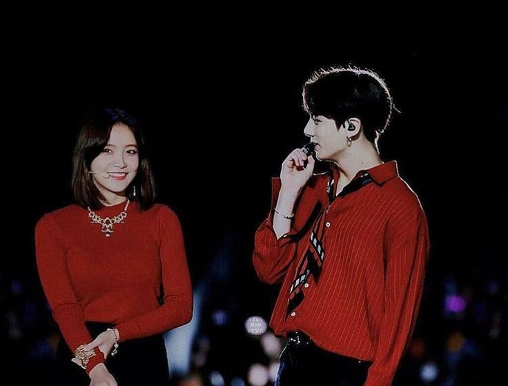 "786 Me gusta, 7 comentarios - JUNGKOOK  YERI (@thesatangelique) en Instagram: ""' there are thousands people out there but i choose you ' - JUNGRI #btsvelvet#jungri#satangelique…"""