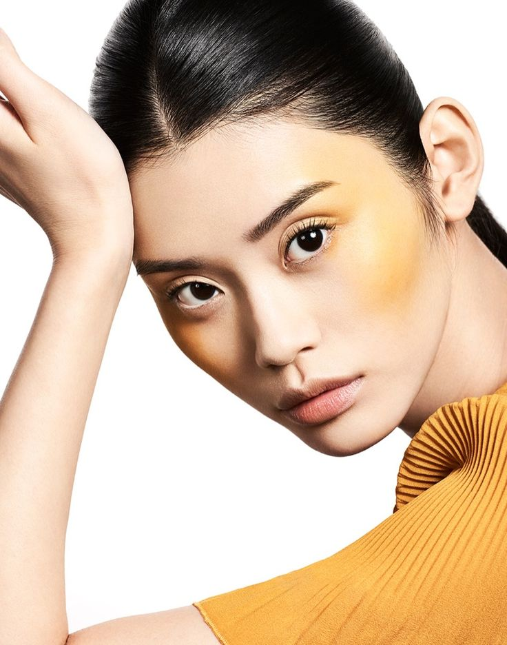 Ming Xi shines with bronzed cheeks Hello Fashion beauty 2016 editorial