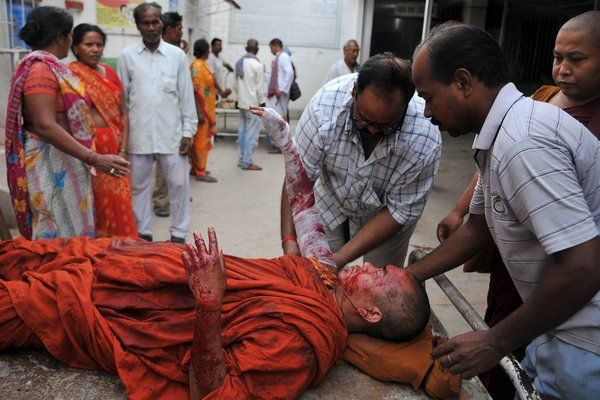 Series of Explosions Rocks Buddhist Temple in India - NYTimes.com