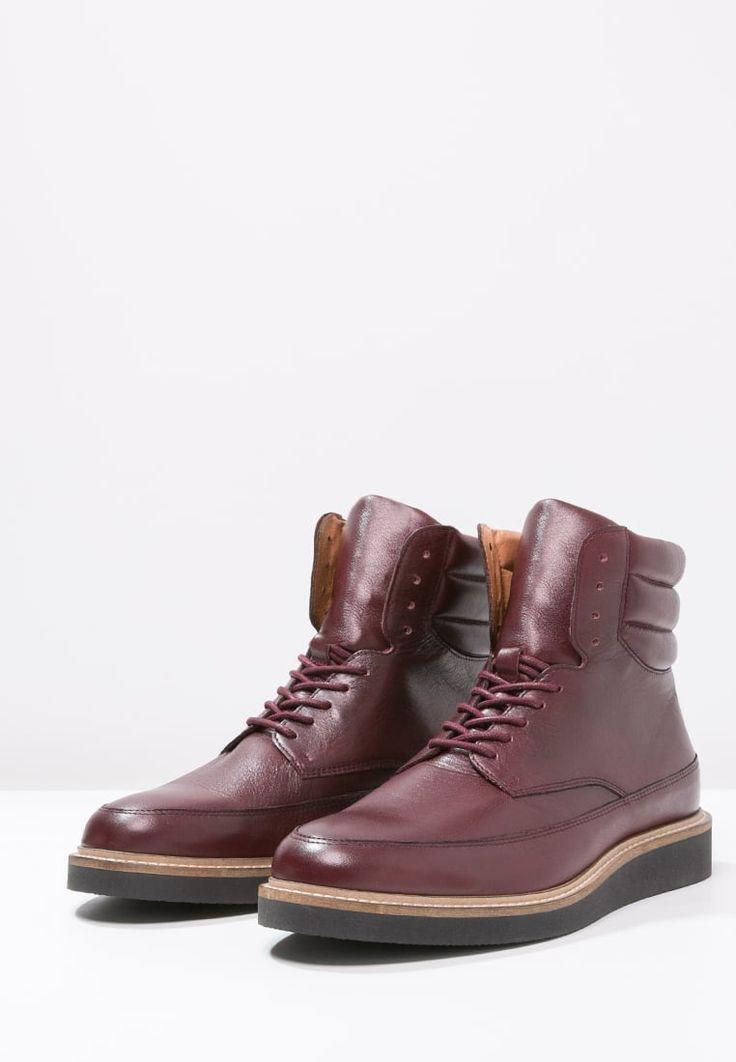 caterpillar shoes zalando prive reebok crossfit one