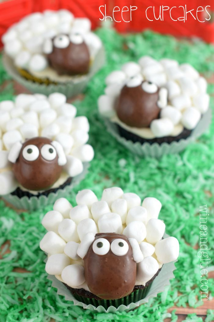 These cute sheep cupcakes combine our love for both animals and food.