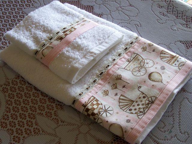 Cute baby Girl hand towel and washer set, handmade. | Flickr: Intercambio de fotos