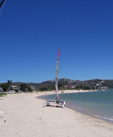 Bollard Bay Beach on Leisure Isle is a model family beach with safe swimming in shallow waters. Leisure Island
