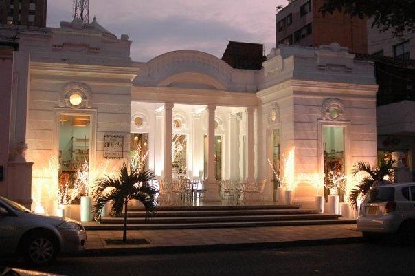 Casa Allegra en Cali, Colombia. Si vas a la ciudad, no te la pierdas.