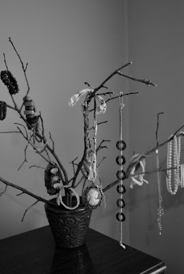 1000 images about trees and branches on pinterest for Tree branch jewelry holder