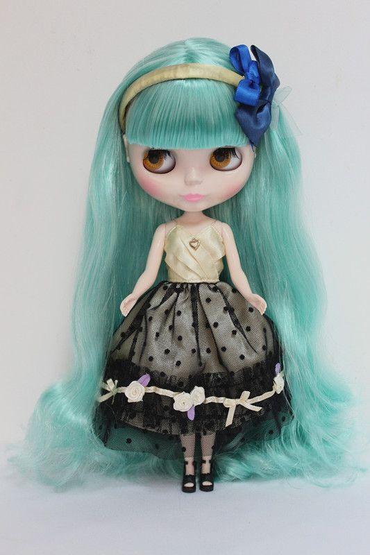 Блит кукла, со светло зеленые волосы, может изменилось в темно или прозрачной кожей, и шарнирные куклы или другие волосы купить на AliExpress