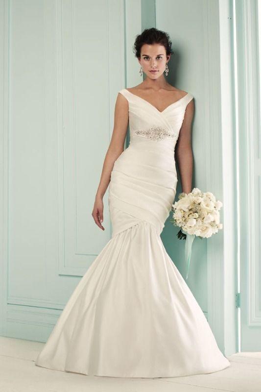 42 best Bridal Gowns images on Pinterest | Wedding dressses, Bridal ...