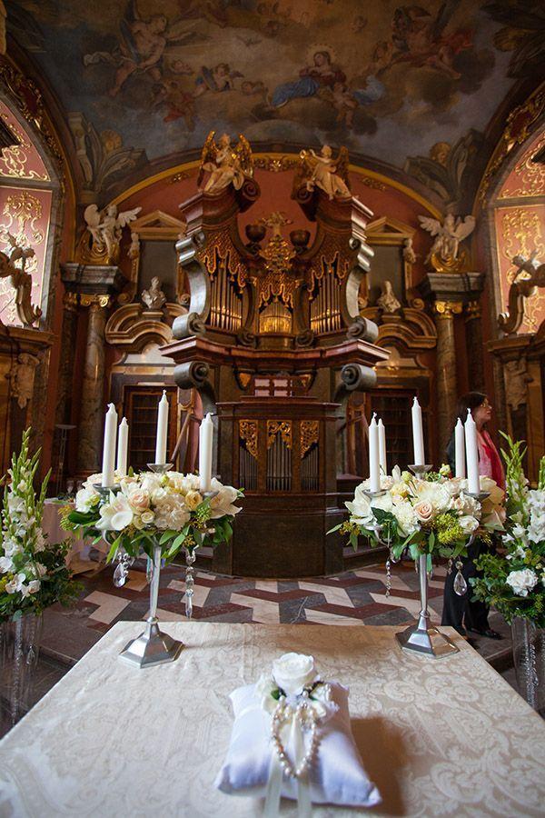 大きな教会が本格的!ヨーロッパでの結婚式おしゃれまとめ♡ウェディング・ブライダルの参考に♪