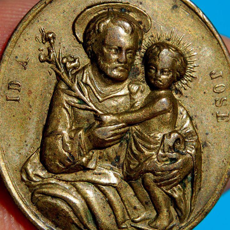 ST JOSEPH & INFANT CHRIST MEDAL ANTIQUE RELGIOUS PRAYER FOR THE CHURCH PENDANT