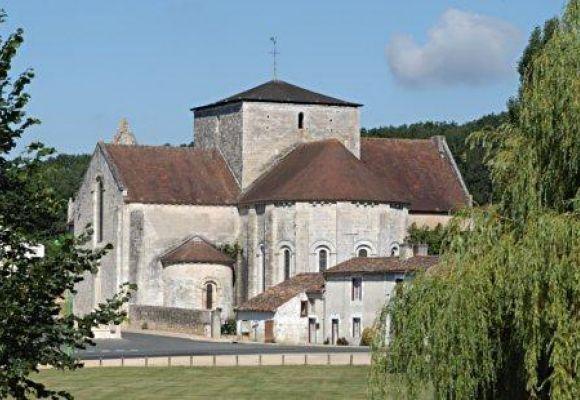 Abbaye Augustine de Fontaine le Comte - Fontaine-le-Comte (86 - Vienne)