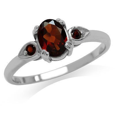 Natural Garnet 925 Sterling Silver Engagement Ring
