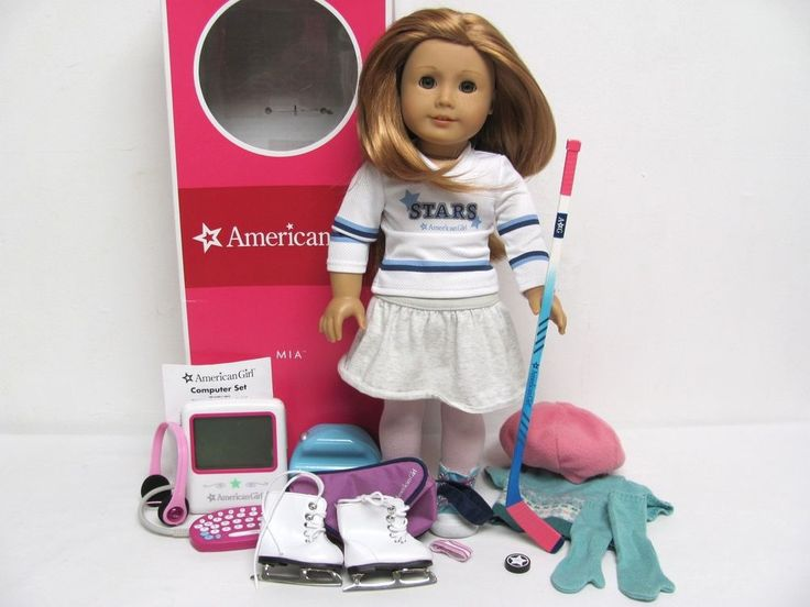 American Girl MIA ST CLAIR Doll w/Box OUTFITS ICE SKATES HOCKEY STICK PUCK MORE #AmericanCharacter #DollswithClothingAccessories