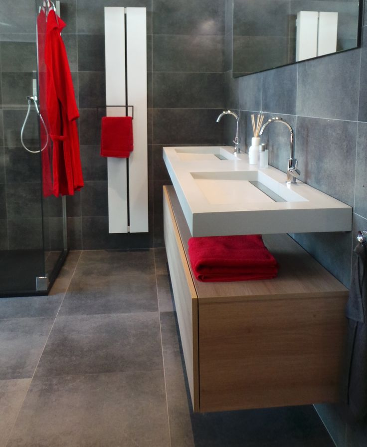 103 best images about showroom welbie on pinterest toilets facebook and tes - Badkamer meubilair merk italiaans ...