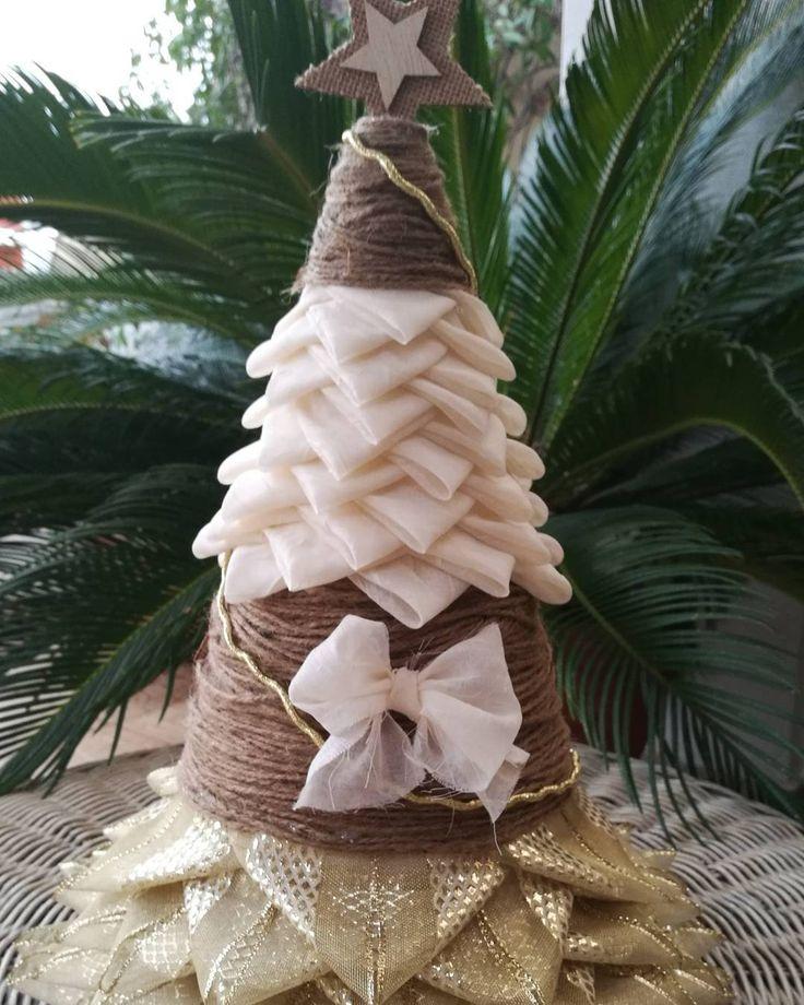 """41 """"Μου αρέσει!"""", 3 σχόλια - Ada Quilted Creations (@adaquiltedcreations) στο Instagram: """"This tabletop tree is for the craft fair. It comes up to 38cm (with the star on top) and 20 cm…"""""""