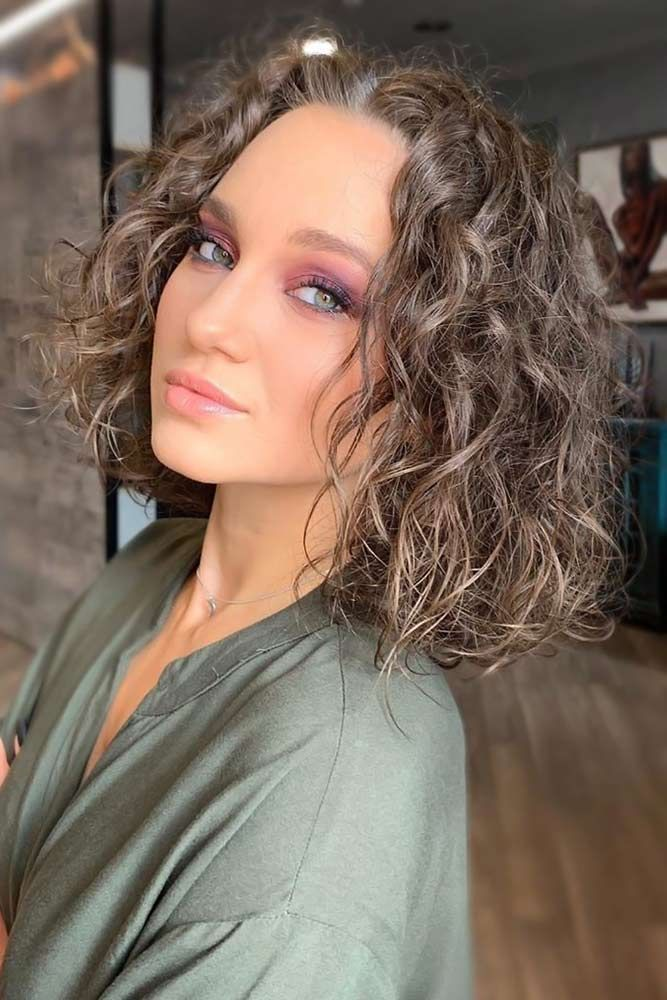 70 Sassy Looks With Ash Brown Hair Lovehairstyles Com Ash Brown Hair Color Hair Color Brown Chestnut Brown Hair Colors
