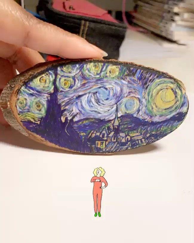رسمة The Starry Night لفان جوخ على قطعة خشب صغيرة عالسريع علشان أصحصح Starrynight Vangogh Drawing Mydrawing ليلة النجوم فانجوخ كلنا رسامين رسمتي رسم