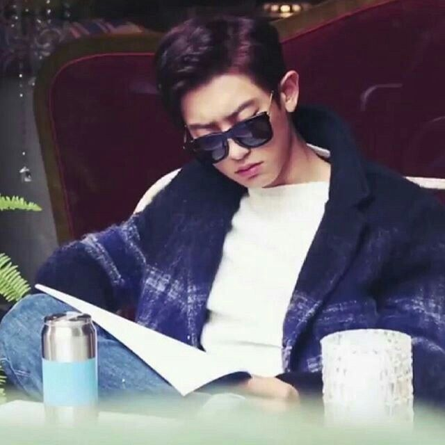 #chanyeol ..... what a babe