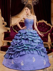 Magnificent Ball Gown Pick-ups Quinceanera Gown with Appliques