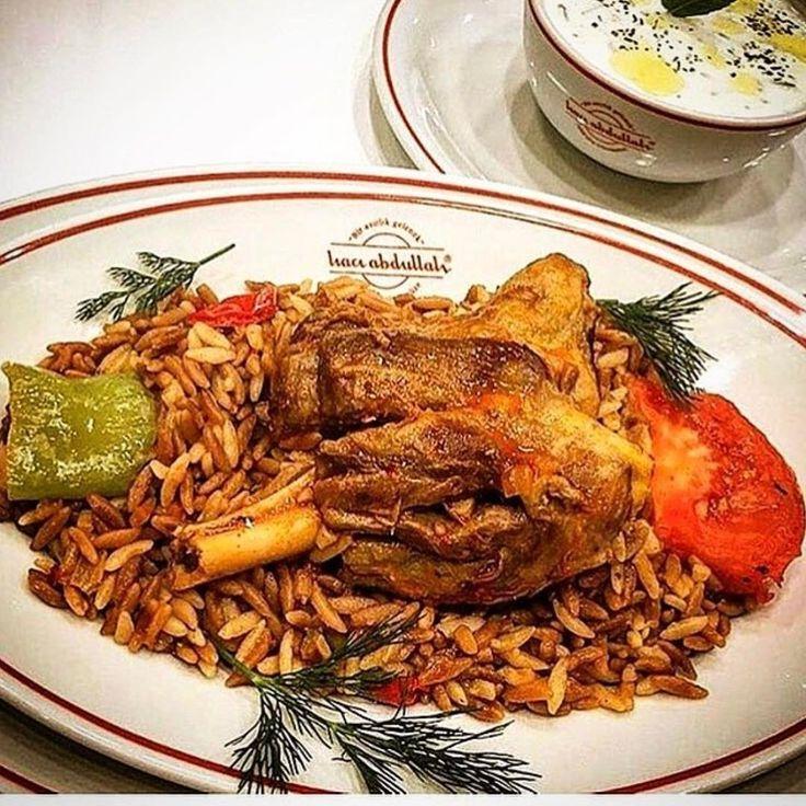 @haciabdullahlokantaasi 'nın İncik'ini görünce  ister istemez diyet bozuluyor. Boşverin bozulan diyetler olsun. Ya bazıları gibi niyetlerimiz bozuk olsaydı?