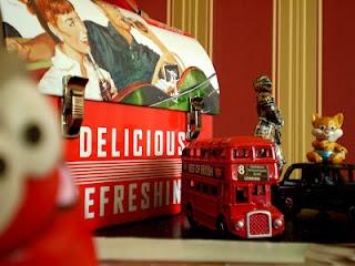 Coca-Cola tin box