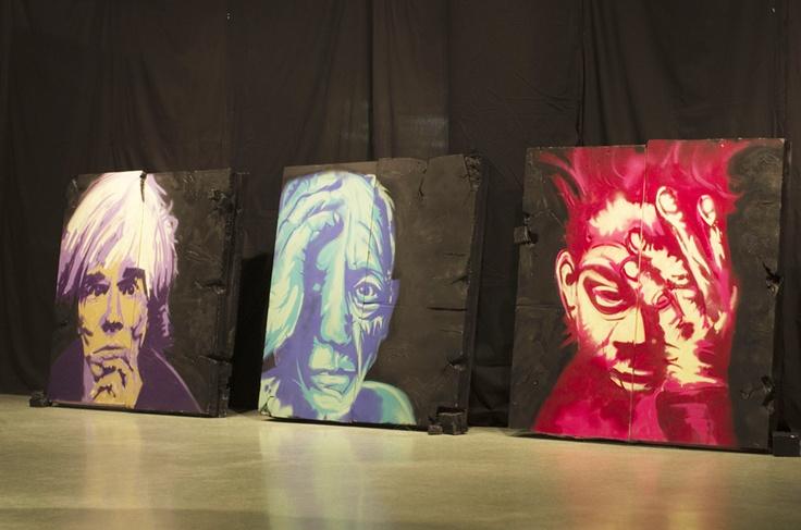Série de 3 peintures de grands formats réalisées sur du polystyrène à la peinture en aérosol par Simon Beaulieu, étudiant de 2e année, à l'hiver 2013.