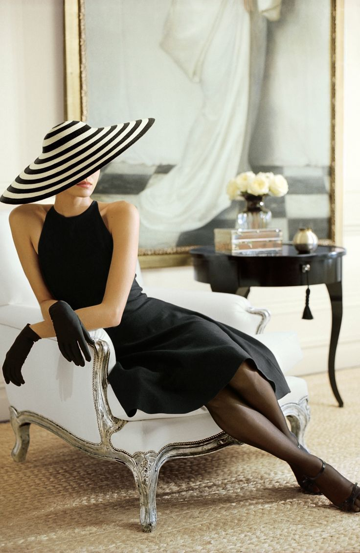 elegance.....black dress with black striped hat | Fashion ...