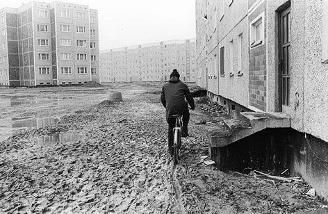 Grüße aus der DDR | Ausstellungsfotos - Sozialistisch leben