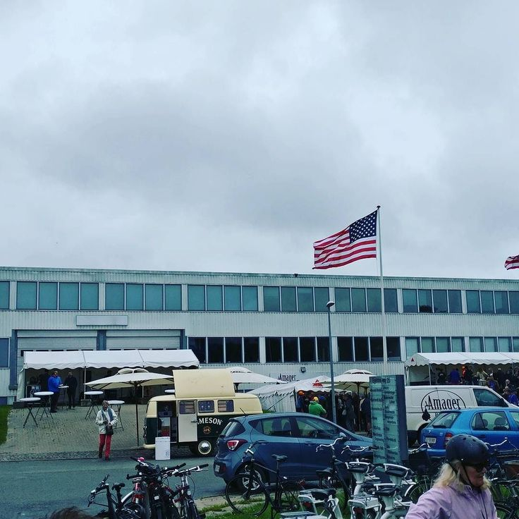 Amager and American flags again