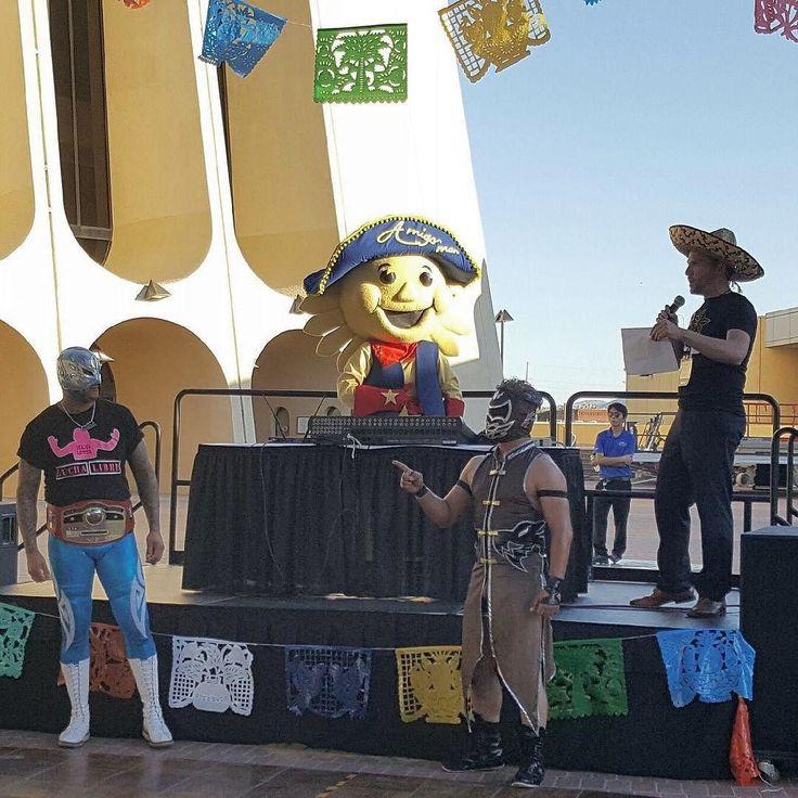 El Paso doesn't have parties El Paso has pachangas!!  Having a great time with my Texas Association of Convention and Visitors Bureau amigos.   #pachanga #tacvb16 #itsallgoodep #amigoman #amigomanep #elpasoproud