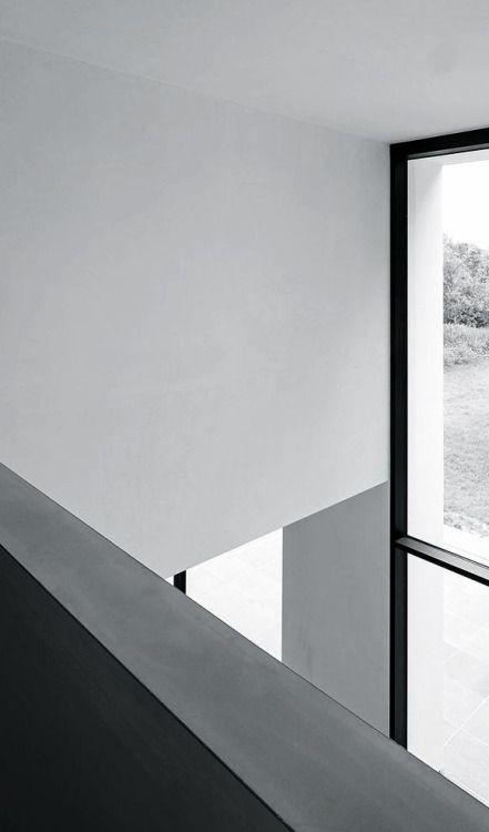 dromik:  HVV Residence / Claessens Architects. Koen Van Damme photography.