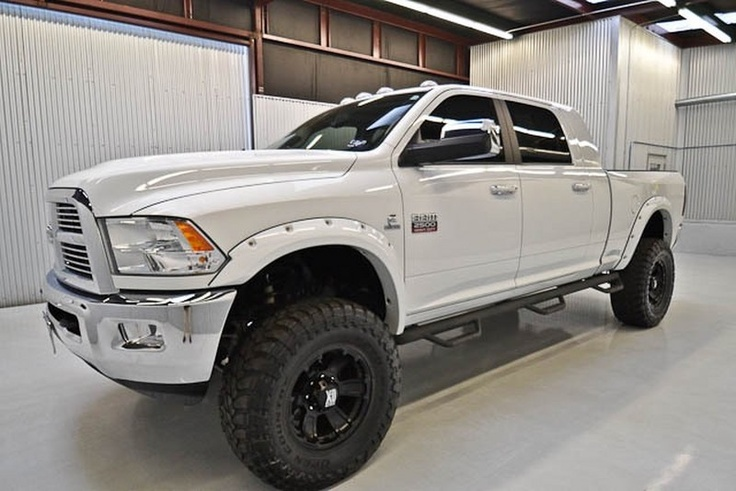 dodge ram pickup 2500 review research new used dodge ram pickup 2500 models dodge ram pickup dodge 2500 and trucks - 2015 Dodge Ram 2500 Mega Cab Lifted Interior