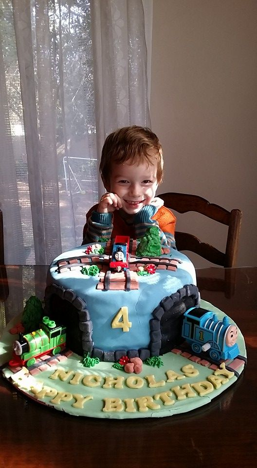 Nicky's fourth birthday was a train party! With the help of pinterest we found the perfect cake, food ideas and we had a fantastic time.