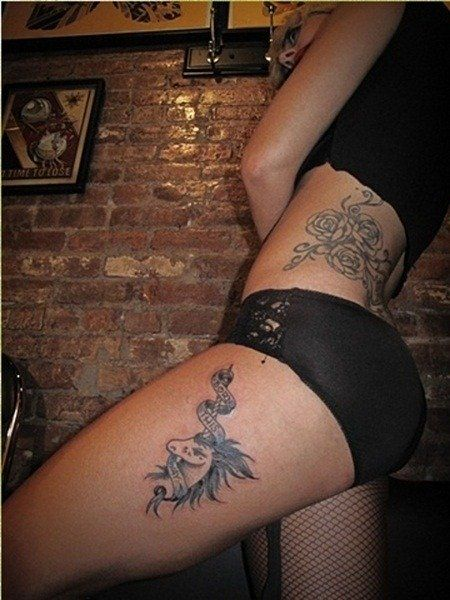 "Lady Gaga's ""Born This Way"" Unicorn Tattoo on Her Leg"