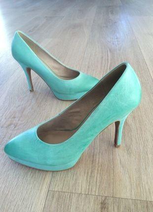 Kaufe meinen Artikel bei #Kleiderkreisel http://www.kleiderkreisel.de/damenschuhe/hohe-schuhe/113281684-turkisfarbene-high-heel-aus-glattleder-von-tamaris