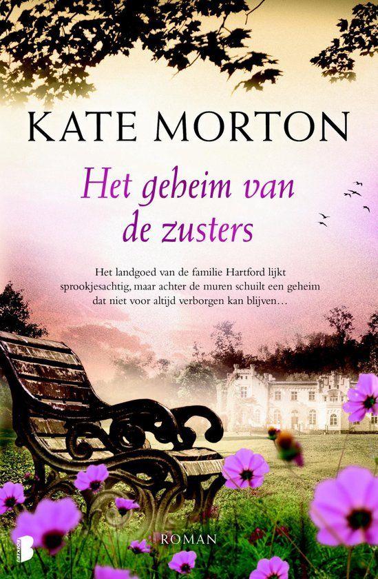Riverton Manor, Engeland, 1924. Op de avond van een groot feest pleegt de dichter Robbie Hunter zelfmoord. Twee zussen, Hannah en Emmeline, zijn hier getuigen van, de ene zus is zijn toegewijde bewonderaarster, de andere zijn minnares. Na die avond spreken zij elkaar nooit meer. De enige die de waarheid kent, is dienstmeid Grace. Als er na zeventig jaar een film wordt gemaakt over de gebeurtenis, komen oude herinneringen weer boven en wordt het steeds moeilijker om geheimen verborgen te…