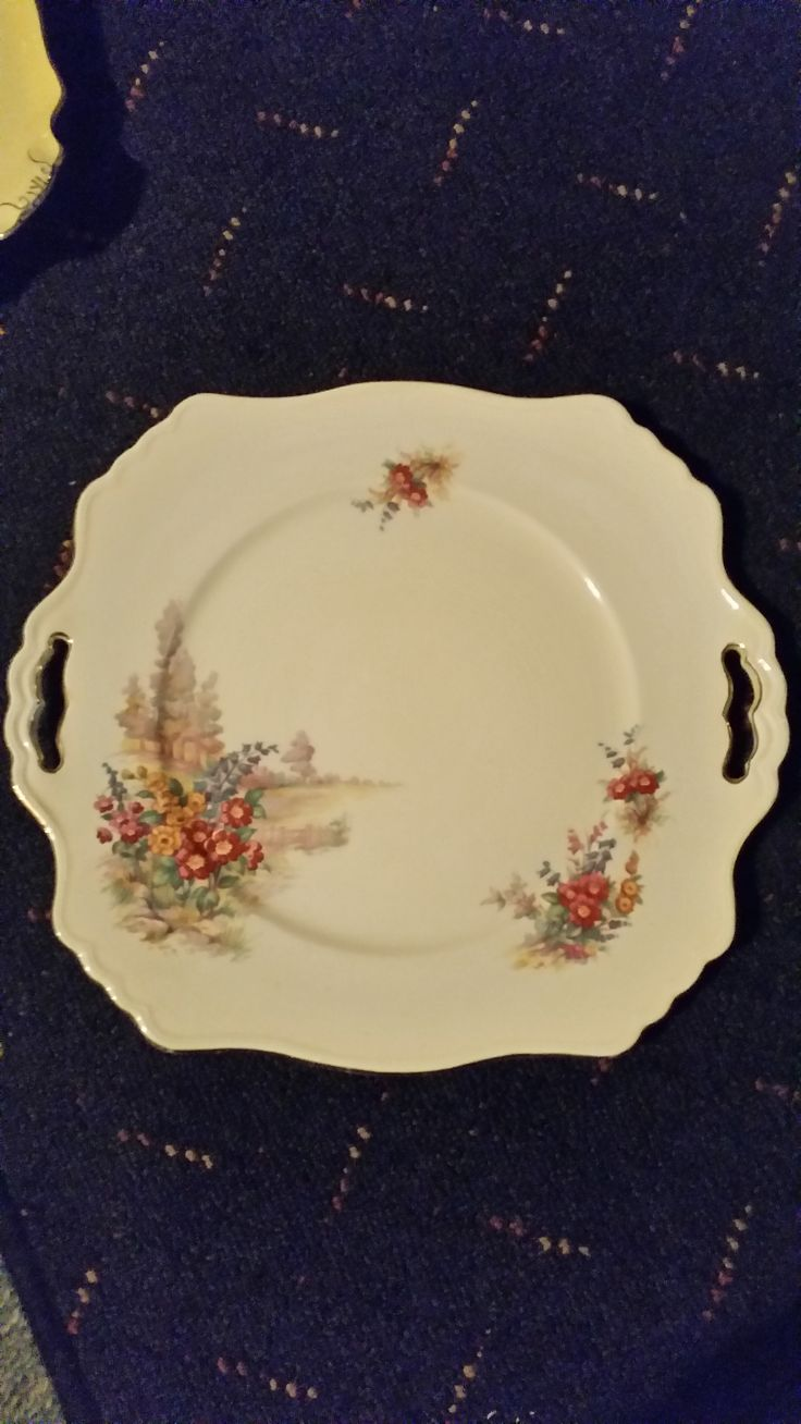 """This is a Royal Winton """" Tershore """" cake plate (it doesnt have """"Tershore"""" printed on the back but it definitely is the same pattern). It is very rare, Tershore items are very few and far between. Check out my other Tershore pattern items & my Royal Winton """" Old English Markets """" Egg cup tray. All items are for sale."""